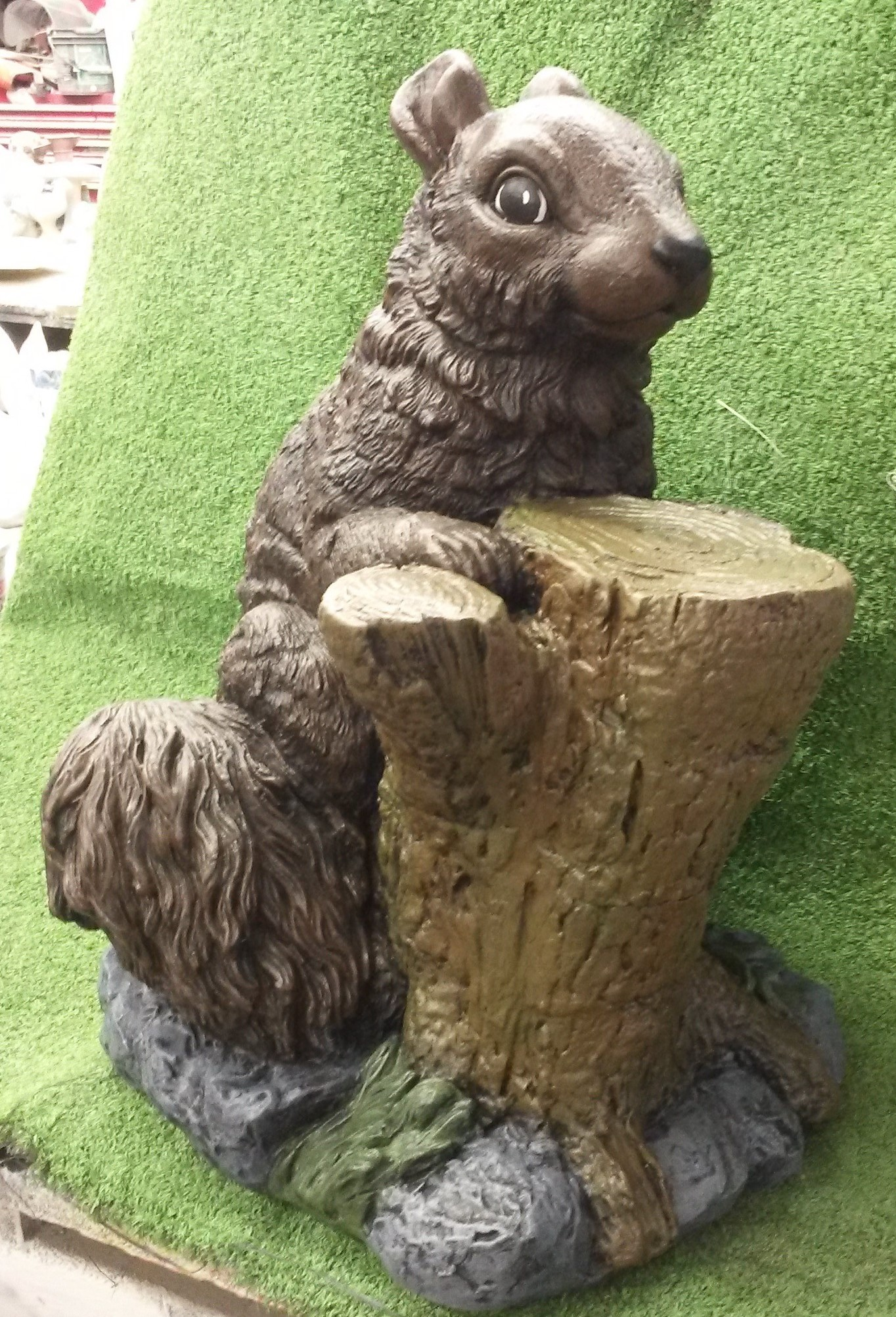 Squirrel with Stump (Detailed Finish)
