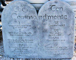Large 10 Commandments Plaque
