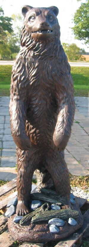 Large Standing Bear 600 pounds (Detailed Finish)