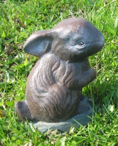 Tiny Standing Rabbit (Detailed Finish)